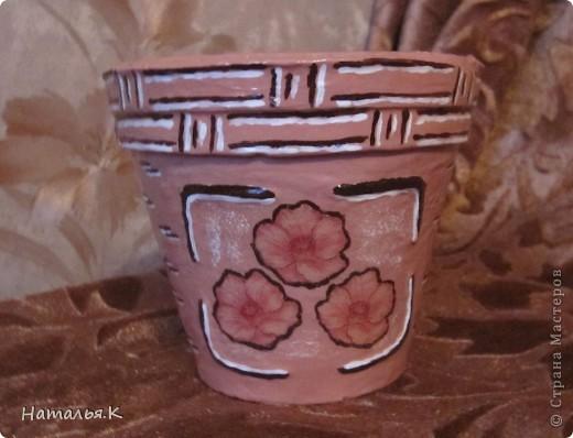 Скоро весна... Готовлюсь к пересадке цветов и придаю старым глиняным горшкам приличный вид. фото 3