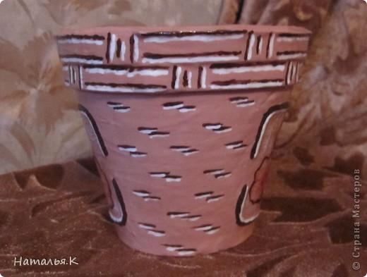 Скоро весна... Готовлюсь к пересадке цветов и придаю старым глиняным горшкам приличный вид. фото 4