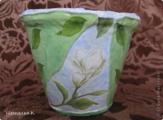 Скоро весна... Готовлюсь к пересадке цветов и придаю старым глиняным горшкам приличный вид. фото 1