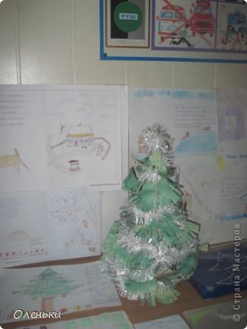 У дочери в школе проходила выставка детских работ. Вот хотели показать и Вам, какой творческий детский народ!  фото 12
