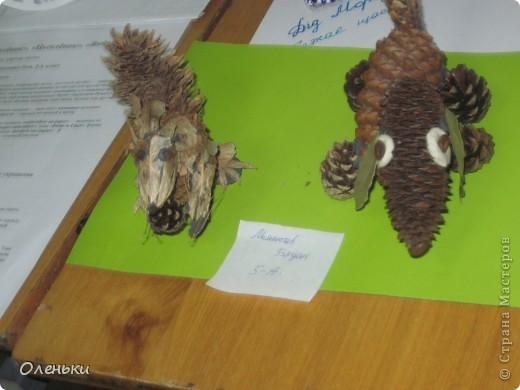 У дочери в школе проходила выставка детских работ. Вот хотели показать и Вам, какой творческий детский народ!  фото 16