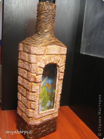Вот такую бутылку сделала я (мама Кати) в подарок. Сейчас в процессе вторая, а в планах третья. Надеюсь успеть к празднику. Большое спасибо за идею Кукуне http://stranamasterov.ru/node/146557 . В процессе работы столкнулась с массой вопросов, поэтому решила сделать МК.  фото 17