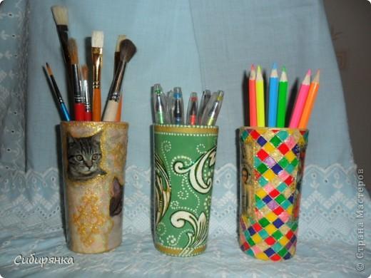 """Карандашница """"Котейки"""".Моя первая работа. Использовала: стакан, открытка,контуры по стеклу, акрил.краски, лак. фото 5"""
