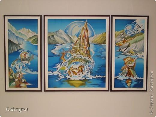 В нашем городе подходит к концу выставка работ удивительно талантливой женщины,художника Ольги Калининой. Хочу познакомить и вас,уважаемые гости и жители Страны Мастеров,с этими чудесными работами. Желаю приятного просмотра! фото 12