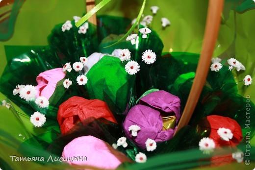 конфетно-цветочная корзина фото 3
