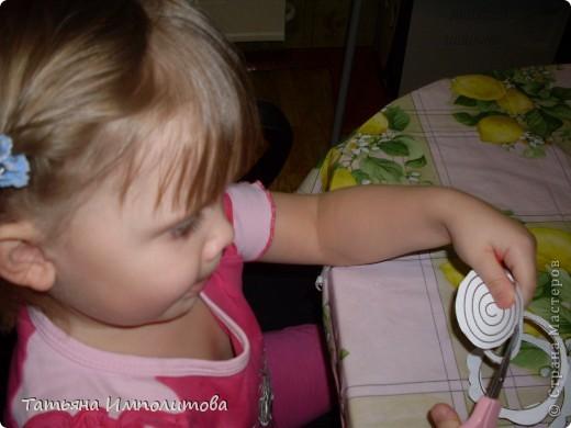 Этой открыткой София(3,2г)поздравила тётю с Днём рождения фото 7