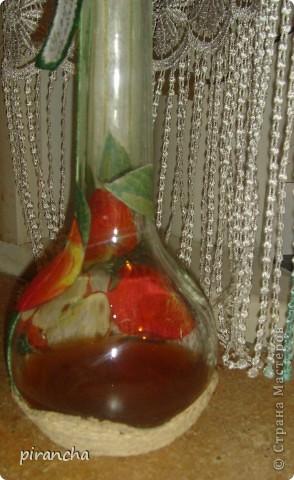 Дело было вечером, кино по телеку не показывали! Решено было создать лицо бутылочке с яблочным содержимым! фото 3