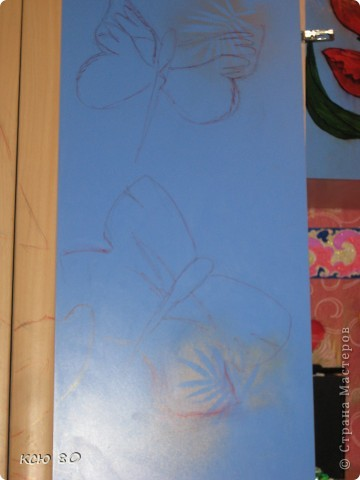 рисовала я всего 6 часов. наброски - маркером тонким рисунок -гуашью. слегка разбавленной водой и в заключение лакировала. прозрачный лак  , сохнит в течении 30 секунд фото 2