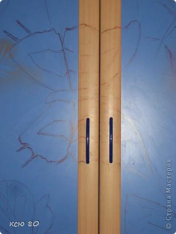 рисовала я всего 6 часов. наброски - маркером тонким рисунок -гуашью. слегка разбавленной водой и в заключение лакировала. прозрачный лак  , сохнит в течении 30 секунд фото 3