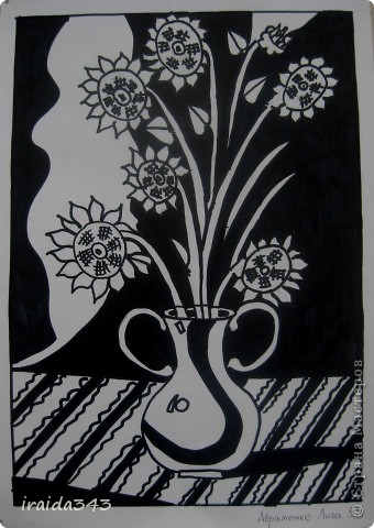 """Второй год выполняем с пятиклассниками натюрморт черным маркером. За основу даю рисунки из детской раскраски """"Я рисую натюрморт"""" из серии """"Веселые уроки волшебника Карандаша"""" фото 7"""