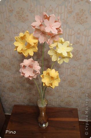 Вот такой букетик у меня получился ^_^ Огромное спасибо за идею Евгеше ( http://stranamasterov.ru/node/143987 )! фото 1