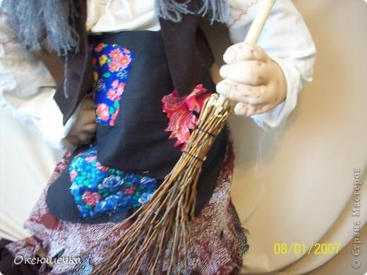 """У древних славян Баба Яга считалась лесной колдуньей,ведуньей( от слова ,,ведать"""",т.е. знать).К ней приходили за снадобьём,любовной присухой.Ещё она была своеоразными ,,воротами"""" в потусторонний мир, мир мёртвых . фото 4"""