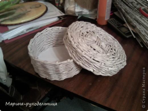 Наконец-то и я сплела себе круглую коробочку! Очень захватывает сам процесс плетения круга. фото 2