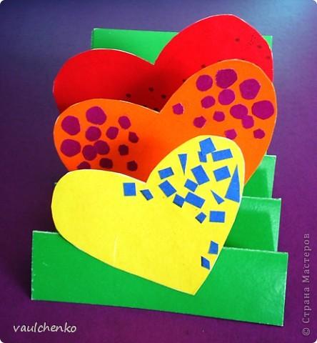 14 февраля и 8 Марта очень сердечные праздники! Идейки валентинок по-моему еще актуальны! Мои девчонки не скучали во время карантина по гриппу.  Ира Зырянова нашла идейки валентинок в Интернете и сделала вот так: фото 1