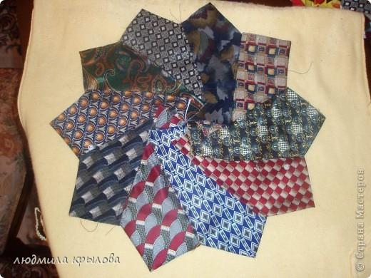 панно из галстуков фото 4