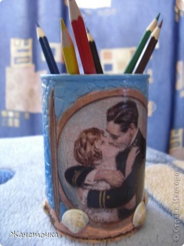Специально для подружки сделала карандашницу. Использовала настоящий морской песок и ракушки) Надеюсь этот маленький подарочек будет радовать Дашульку) фото 1