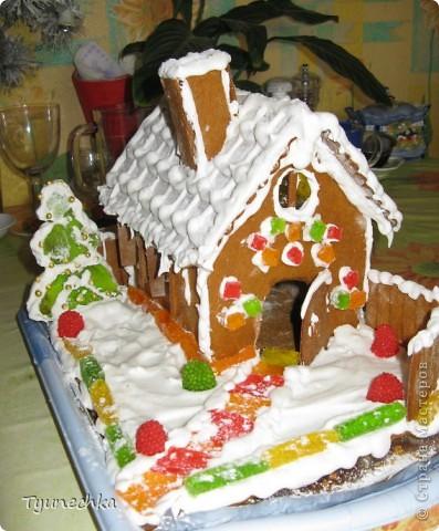 Вот такой домик для  создания праздничной атмосферы фото 1