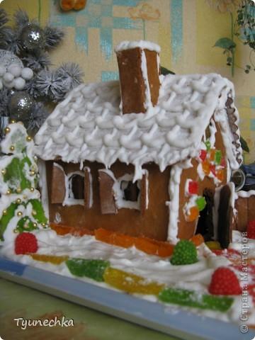 Вот такой домик для  создания праздничной атмосферы фото 3