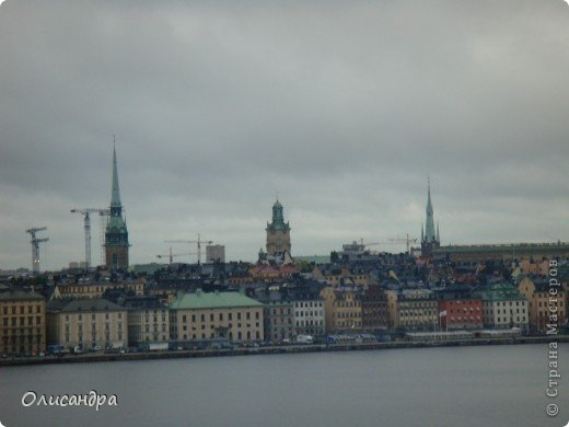 Столица Швеции, знаменитый город Стокгольм, пользуется популярностью среди туристов. Город был построен на четырнадцати островах, которые ничем не соединялись между собой, поэтому к сегодняшнему дню в регионе насчитывается около 55 мостов.  фото 21