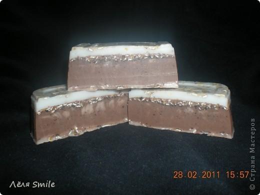 Ванильно-кофейное мыло-скраб с ароматом ванили и корицы.