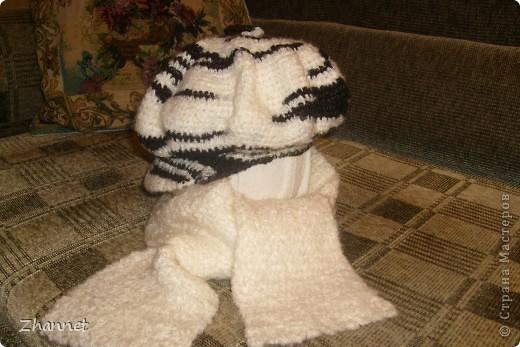 Беретик с козырьком и шарфик фото 8