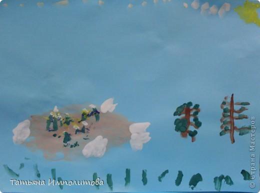 Рисовала София 3,2г,я помогала со стебельками колокольчиков фото 4