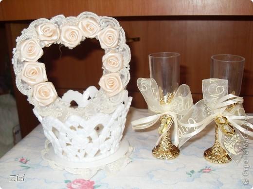 Любимой маме мужа на юбилей - 55 роз с шоколадными конфетами  фото 8