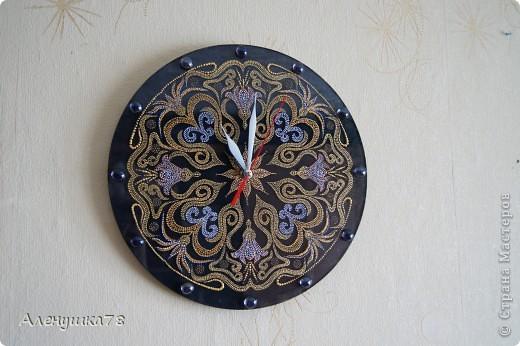 """Часы """"Узор"""" фото 1"""