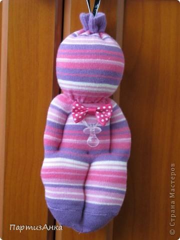Прошу любить и жаловать - куклы из детских носков! Первые мои пробы пера.Сделала моему малышу такую же, но из мохрового носка - теперь он только с ней засыпает:) фото 1