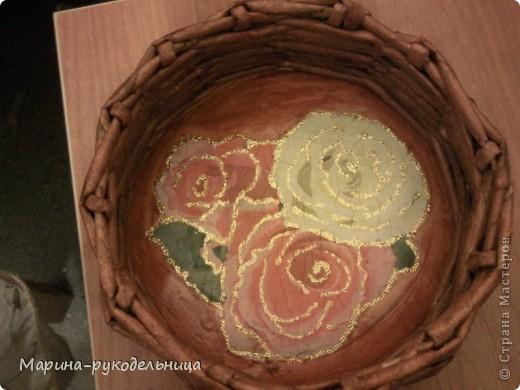 Ну не смогла я пройти мимо МК Танюшки-рукодельницы!!! Так мне эти розы чудесные понравились!!! Остался у меня кусочек ткани от тюли, я сразу решила попробовать смастерить их! Листья, правда, сделала из плотной ткани, но получилось не плохо!  фото 4