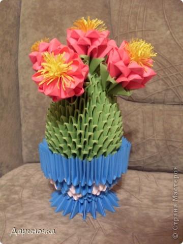 Цветущий кактус с иголочками (модульное оригами) фото 3