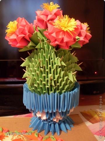 Цветущий кактус с иголочками (модульное оригами) фото 1