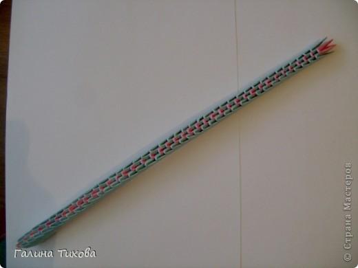 Для создания такой корзинки вам потребуется 662 модуля: 494 голубых (16 листов), 168 розовых (6 листов). фото 24