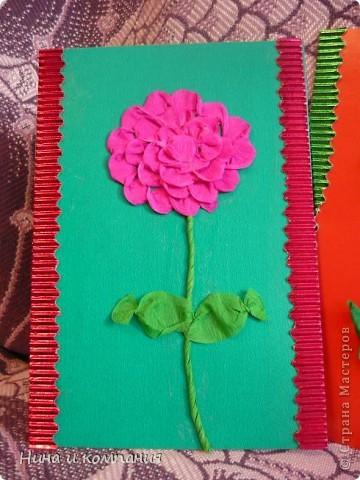 """Приближается 8 марта. Сын готовит подарки, а я немножко помогаю. Эти циннии для воспитателей в детском саду. Идея взята из книги Т. Просняковой """"Цветы"""". Очень замечательная книга! фото 2"""