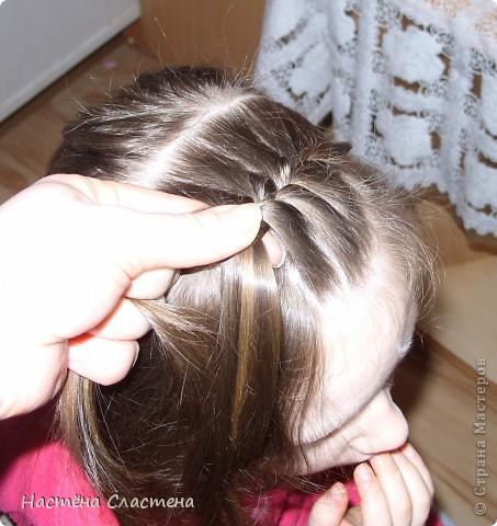 делим волосы пробором от уха до уха... фото 2