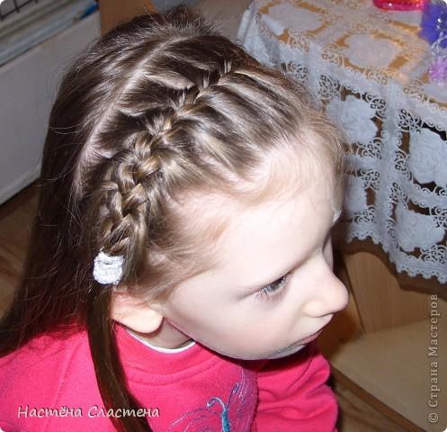 делим волосы пробором от уха до уха... фото 3