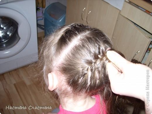 делим волосы пробором от уха до уха... фото 4