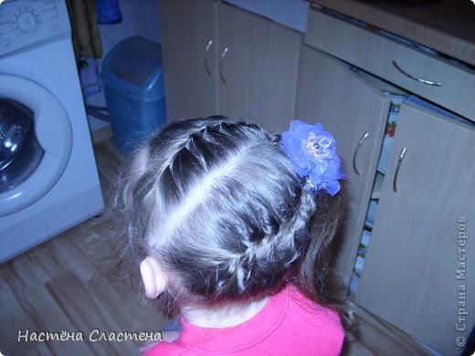 делим волосы пробором от уха до уха... фото 7