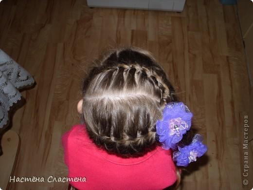 делим волосы пробором от уха до уха... фото 8