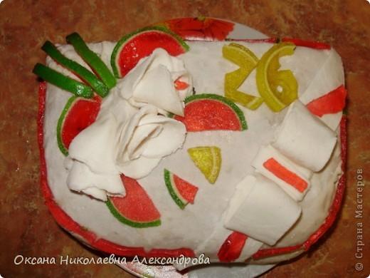 Торт праздничный-первый раз делала мастику. фото 2