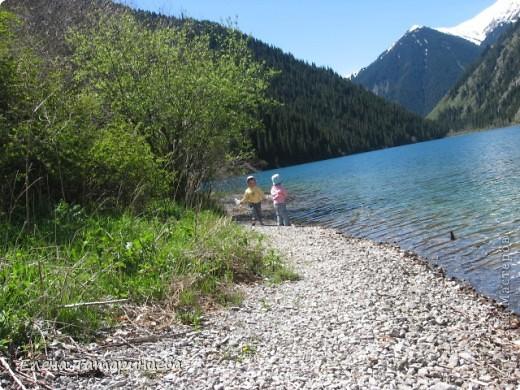 Представляю вам горное озеро Кольсай, которое находится примерно в 400 км от г. Алматы. фото 1