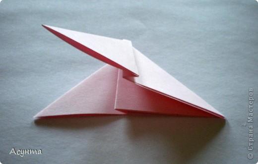 Предлагаю вашему вниманию МК бабочки-оригами. Вроде, такой ещё  не было. Это бабочка хороша тем, что очень быстро и просто складывается, под силу даже детям. фото 6