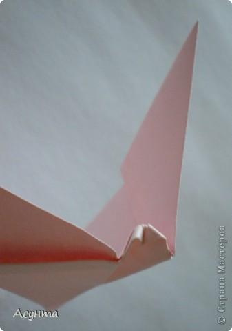 Предлагаю вашему вниманию МК бабочки-оригами. Вроде, такой ещё  не было. Это бабочка хороша тем, что очень быстро и просто складывается, под силу даже детям. фото 9