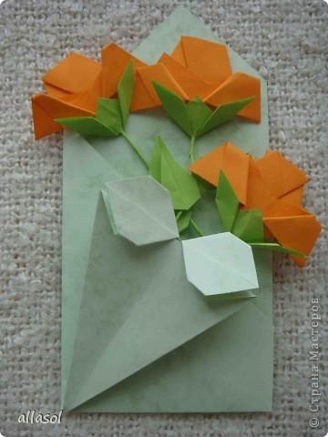 Вот такие розы будем делать завтра на кружке. Я их пока не прикрепила к конверту. фото 1