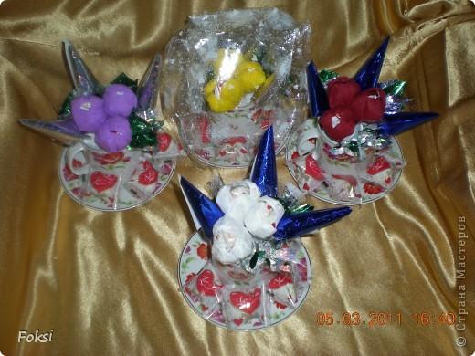 Готовясь к празднику сделала вот такие подарочки для воспитателей доченьки которые еще и мои коллеги. фото 1