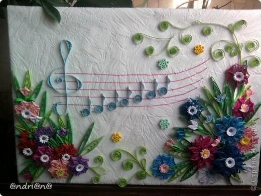 На ваших страница увидела вот такую красоту и решила попробовать.Моя дочь учится в музыкальной школе вот я и решила сделать подарок на 8 марта её учительнице.Восторгу не было края. фото 1