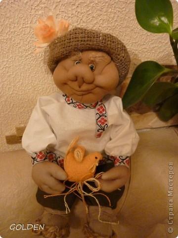 Привет! Я Петрович - Домовой! Ростика небольшого - 35 см, но очень домовитый, хозяйственный и аккуратный. Уезжаю на курорт жить - в Одессу! Ждут меня к 8 марта новые хозяева. Уж я их не подведу! фото 4