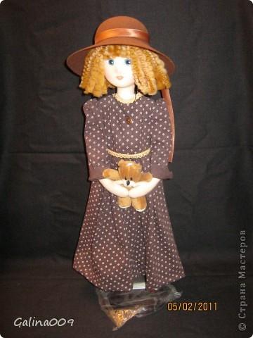 Кукла текстильная, правда еще недошита. Шьются пальто и башмачки. фото 1