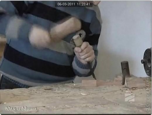 Работа с деревом - основное занятие ребят из Тбилисской школы на уроке труда фото 2