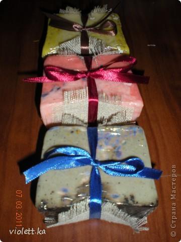 Большое спасибо всем мастерам - мыловарам за их мастер-классы! вот и я решила по их замечательным примерам сварить свое первое мыло) как раз к нашему международному, замечательному празднику!  фото 4